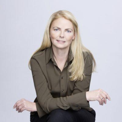 Portraitfoto von Ana-Christina Grohnert