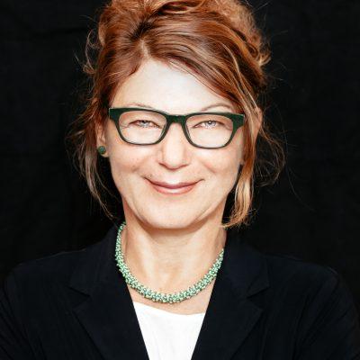 Portraitfoto von Monika Haider